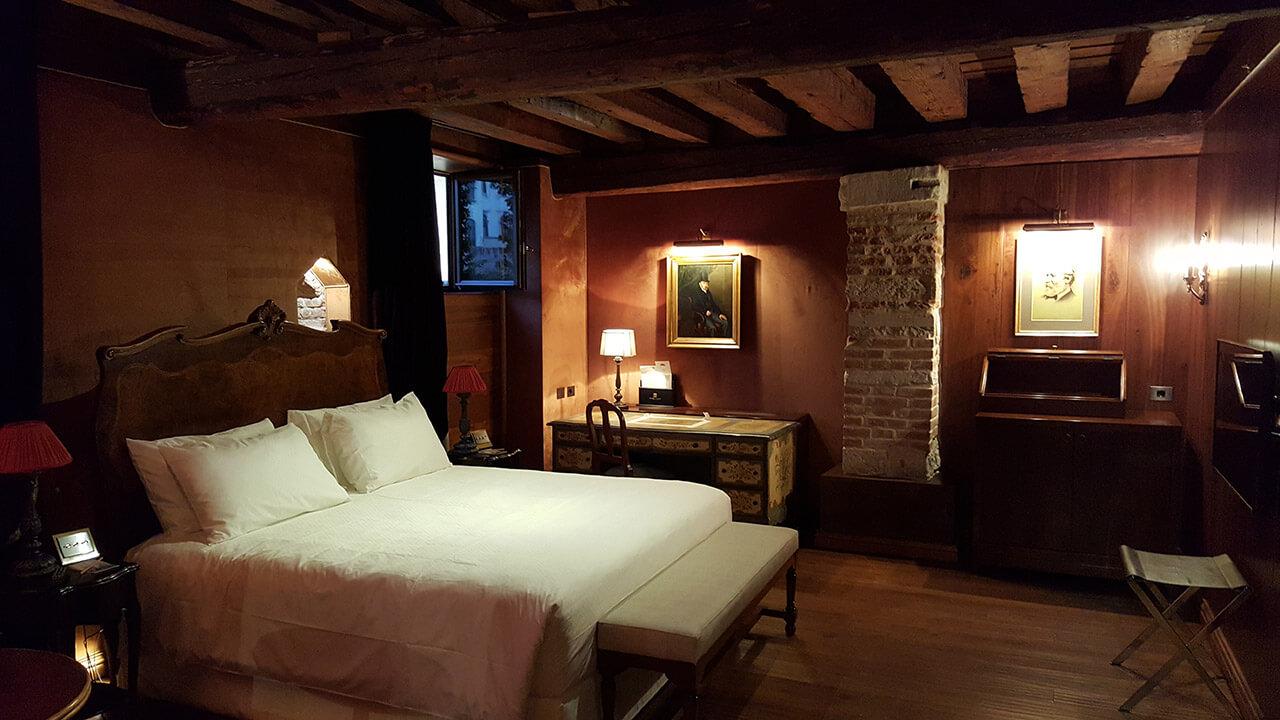 Palazzo-Venart-Classic-Room-001-a