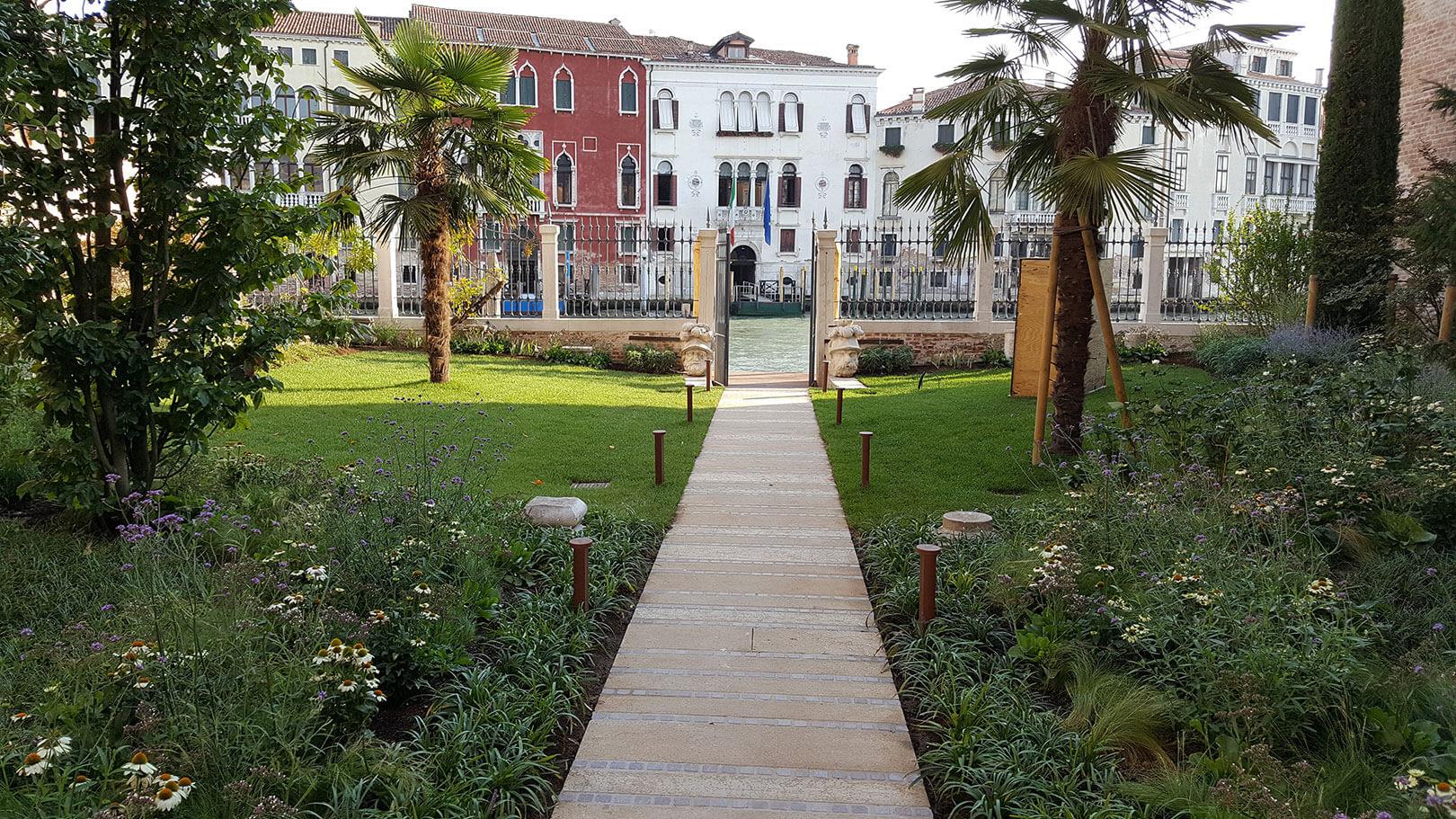 Palazzo-Venart-Garden-Grand-Canal-a
